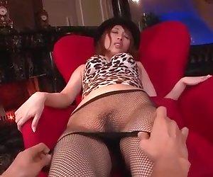 Pantyhose oral scenes along naughty Tiara Ayase